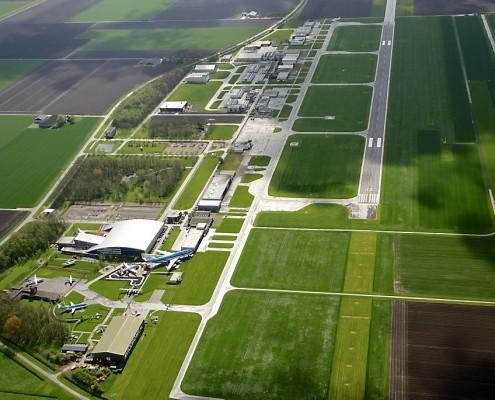 Lelystad Airport vanuit de lucht