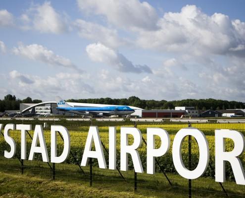Lelystad Airport bord